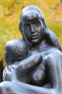 William Zorach - Mother and Child